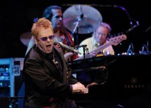 Elton-John-1356186727