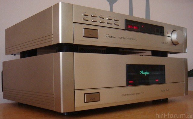 Accuphase C 11 + P 11 front 1