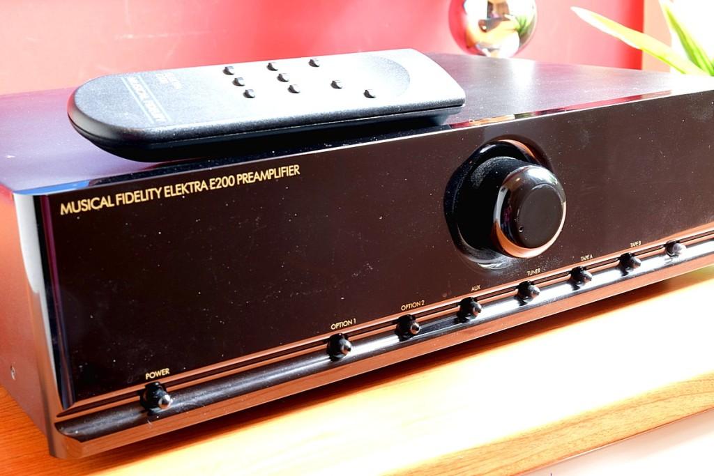 Musical Fidelity E200 pre 3 1200pix - Copia